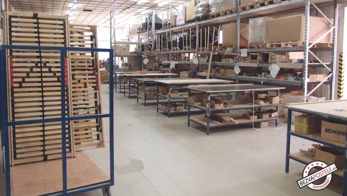 Jak se vyrábí lamelové rošty - výrobní dílna